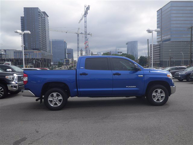 Pre-Owned 2017 Toyota Tundra 4WD 4X4