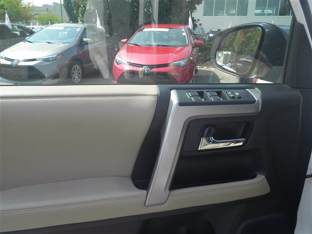 Certified Pre-Owned 2018 Toyota 4Runner