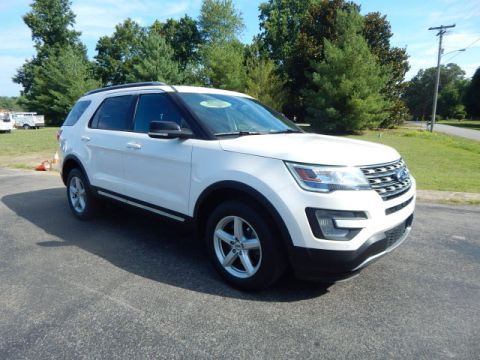 Pre-Owned 2017 Ford Explorer XLT AWD AWD XLT 4dr SUV